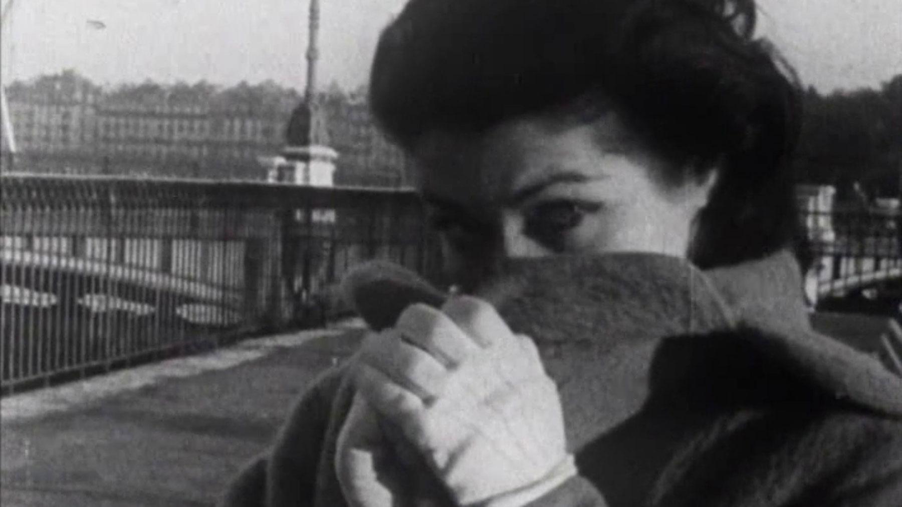 Screenshot aus UNE FEMME COQUETTE